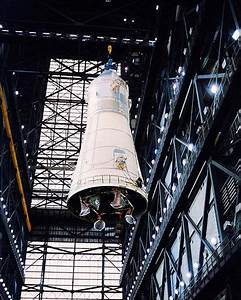 Overhead Crane Mating Apollo 10 and Saturn V NASA Photo ...