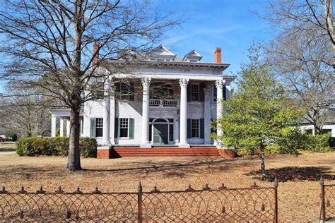 drop   buy  north carolina fixer upper abandoned mansion  sale