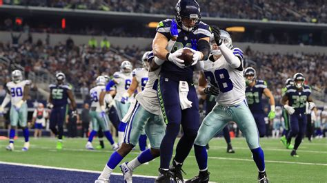 cowboys blow    eliminated  playoffs open