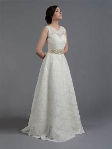 ivory sleeveless lace wedding dress all over lace With sleeveless wedding dresses