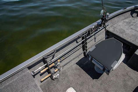 Crestliner Jon Boats Reviews by Crestliner 1650 Fish Hawk Review Boat