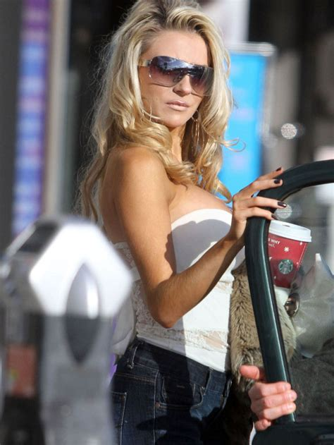 Courtney Stodden Top Slipped Your Place To Know More
