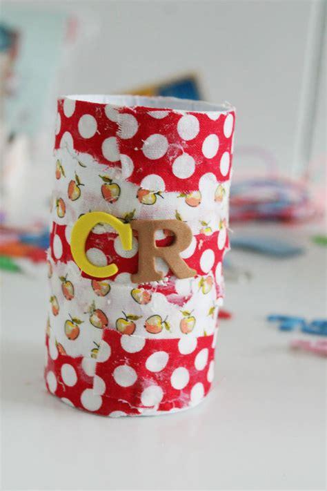 diy fabric crayon pot in the playroom