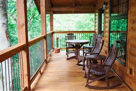 treehouse rentals  ohio book