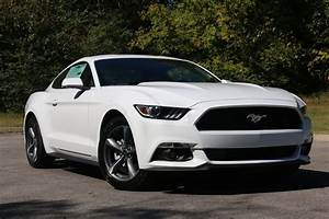Mustang V6 White | Convertible Cars