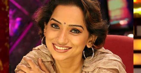 actress kathi karthika age kalpana raghavendar singer age wiki bigg boss