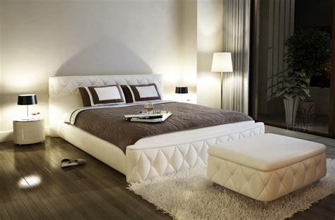 lit en cuir lit en cuir italien de luxe farniente 233 cru mobilier priv 233