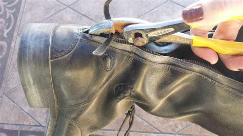 fix  broken riding boot zipper saddle seeks horse