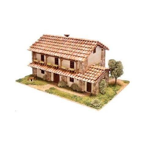 maquette de maison santillana a construire maquette en materiaux naturels bois et ceramique