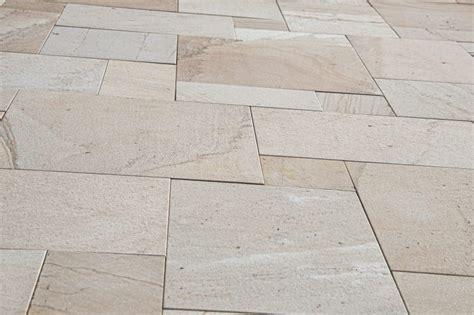 materiale per piastrelle qual 232 il materiale migliore per le piastrelle bagno