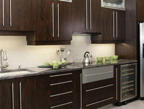 peinturer un comptoir de cuisine 1000 idées à propos de comptoirs en granit sur