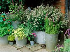 Gin39Gilli39s Vintage Home Unique Container Gardening Ideas