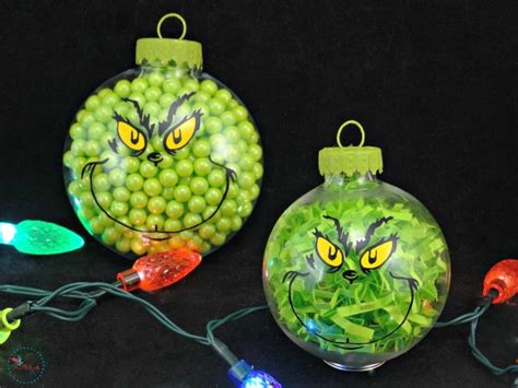 stealing christmas  green  mischievous grinch crafts