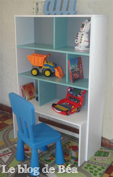 diy d馗o chambre diy étagère pour chambre d 39 enfant et coffre à jouets photo de la chambre de paul et clémence le de béa