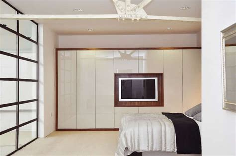 Buy A Fitted Bedroom At Plenty Of Kitchens & Bedrooms