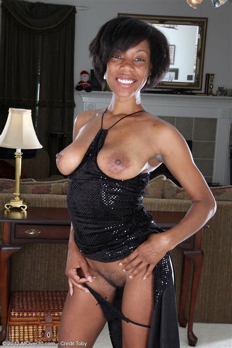 Sexy Ebony MILF Jayden Flick Her Miffy Photos Jayden