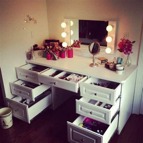 Schreibtisch Mit Vielen Schubladen by 25 Kreative Schminktisch Ideen Eleganz Und
