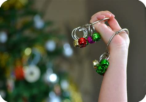 how to make jingle bells kids crafts the green dragonfly