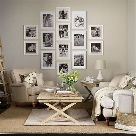 neutral living room  photo display decorating