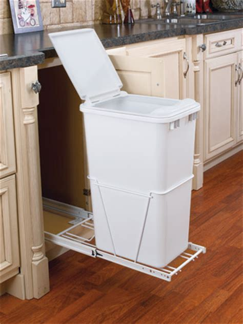 50 quart sliding trash bin with lid and full extension