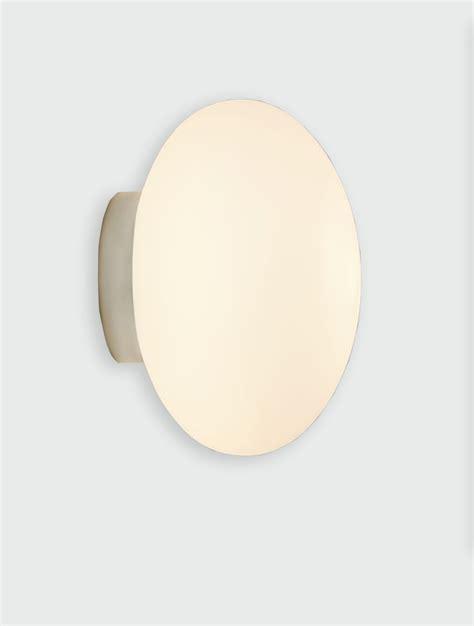 astro zeppo wall light
