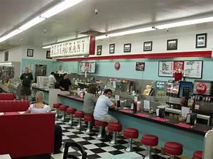 The Huntridge Diner Returns - Living Las Vegas