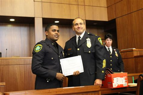 maplewood pd recognizes police valor service  awards