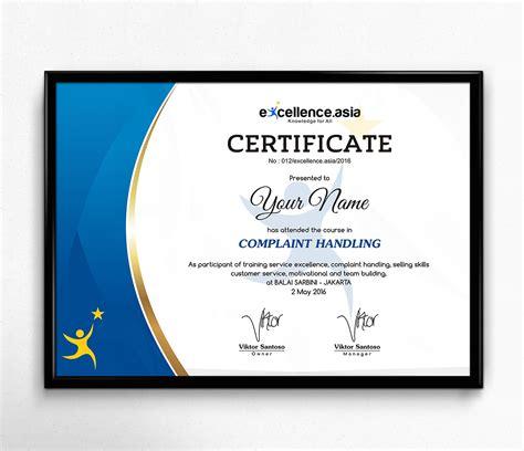 20 contoh sertifikat atau piagam penghargaan ini bisa didownload di link berikut: Sribu: Stationery Design - Desain Untuk Sertifikat Pelatihan