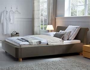 Design Bett Holz : stoffbett als doppelbett z b in 200x220 erh ltlich andorra ~ Orissabook.com Haus und Dekorationen