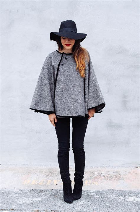 cape designs 20 diy poncho patterns to get hooked on this fall cape