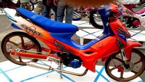 Modifikasi Motor Smash Warna Hitam by Modifikasi Suzuki Smash New Titan Racing Drag Simpel