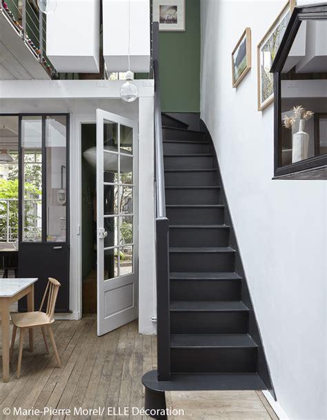 papier peint chambre parentale visite en 3d d 39 un petit atelier parfaitement aménagé