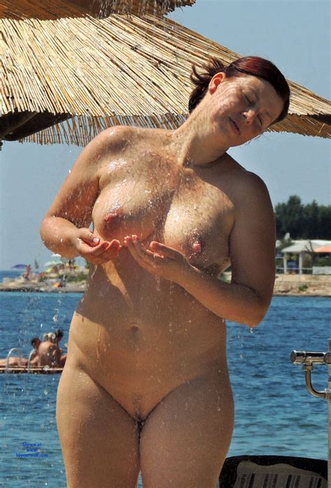 Public Nude Shower And More January 2016 Voyeur Web