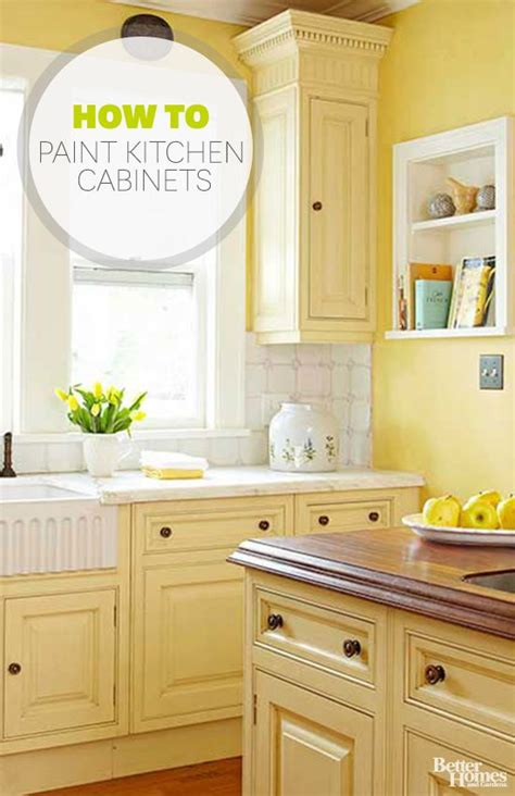 81 best kitchen images on 592 2b632c73416fb8ab12267ebe592a9855 yellow cabinets old cabinets