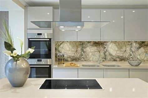Splashbacks of Distinction :: Printed Glass Kitchen