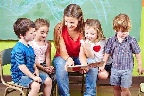 zoom sur limportance de lire des histoires aux enfants