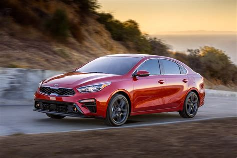 Kia cerato colors which is the suitable car color … 2018 Kia Cerato unveiled at Detroit, stylish new look ...