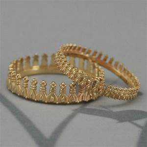 bishops crown wedding band set in solid goldgold crown With crown wedding rings