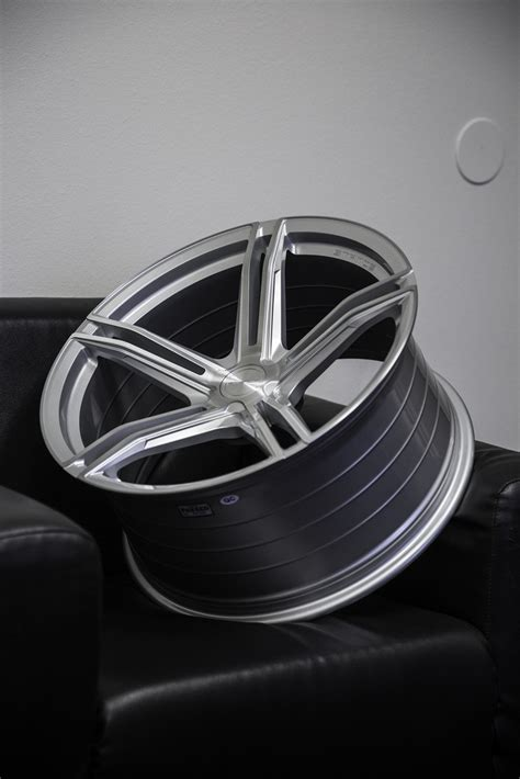 introducing    stance sf concave rotory forged