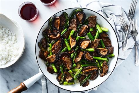 beef  asparagus stir fried mushrooms recipe  food