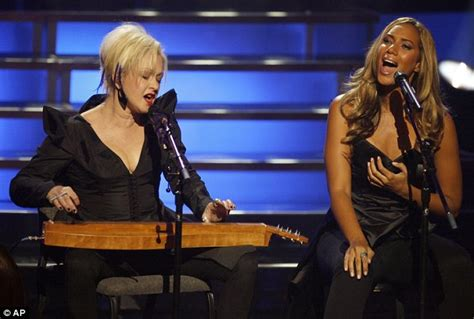 X Factor Winner Leona Lewis And American Idol Loser Jennifer Hudson Lead From The Front At Vh1 S