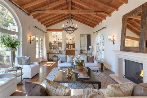 tyra banks lists  house  beverly hills  architectural digest