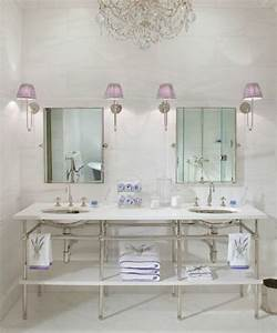 Feminine bathroom decor ideas comfydwellingcom for Feminine bathroom decor