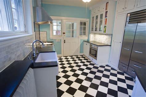 Checkered Vinyl Flooring Australia by Black White Checkered Vinyl Floor Self Stick Tiles