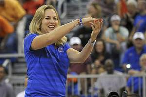 Gators women's basketball hoping new assistant coaches ...
