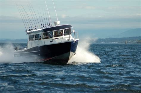 Kingfisher Offshore Boats by Research 2014 Kingfisher Boats 3325 Offshore On Iboats