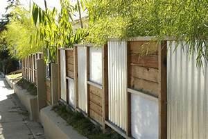 Holz Und Blech : kreative gartenzaun ideen ~ Frokenaadalensverden.com Haus und Dekorationen