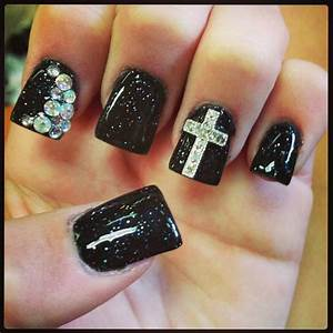Black nails with crosses cross nail design