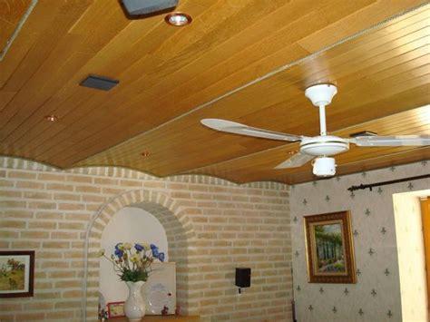 plafond chambre incroyable modele faux plafond eclairage chambre plafond