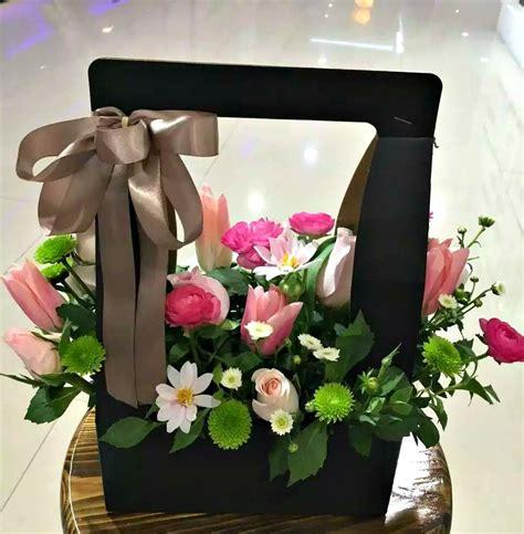 florist choice flower box flowerandballooncompanycom